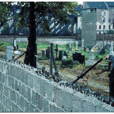 The wall near the Doreenstadt Friedhof II, in Mitte. A piece of the wall still stands here, but the graves have been moved.